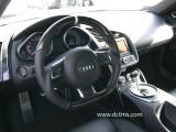 Installed_R8 V10 carbon steering wheel_01
